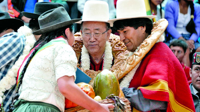 Morales-ONU-Ban-Ki-moon-Cochabamba_LPRIMA20151012_0063_24